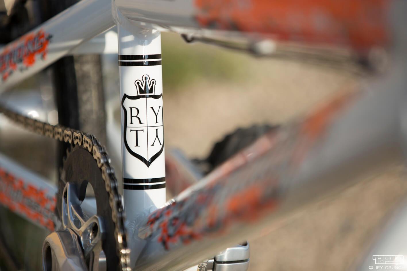 Renaud Blanc Royalty BMX Fifteen BMX - Jey Crunch