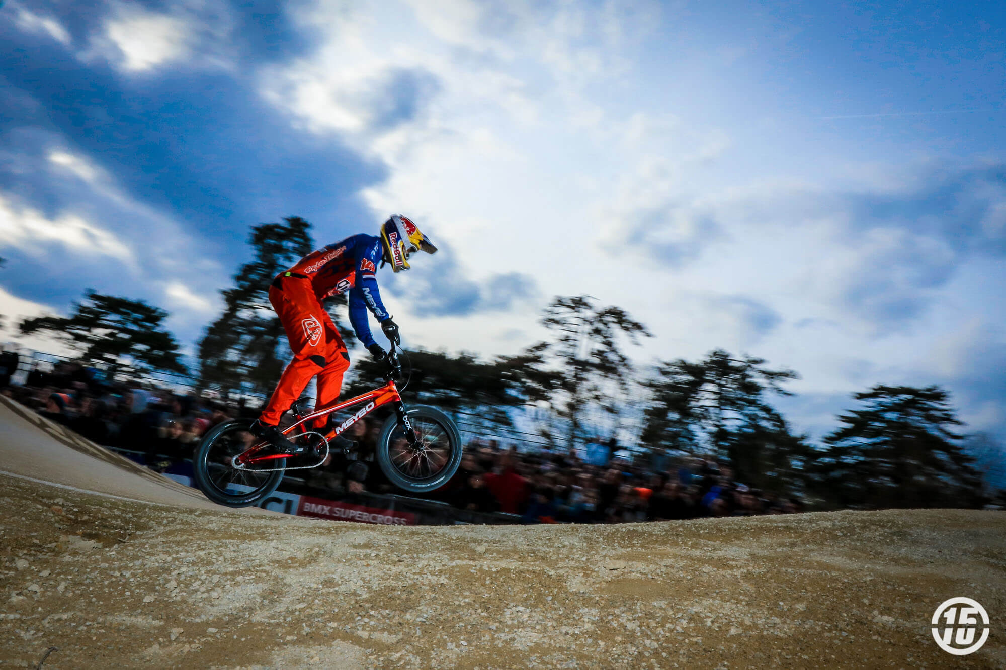 Twan van Gendt Switching Sides - Fifteen BMX
