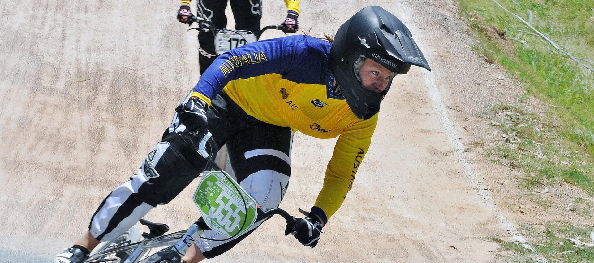 Melinda McLeod - Racer Pics & Sports Media