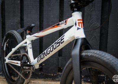 Gate8 BMX Team Mongoose - Fifteen BMX-2501