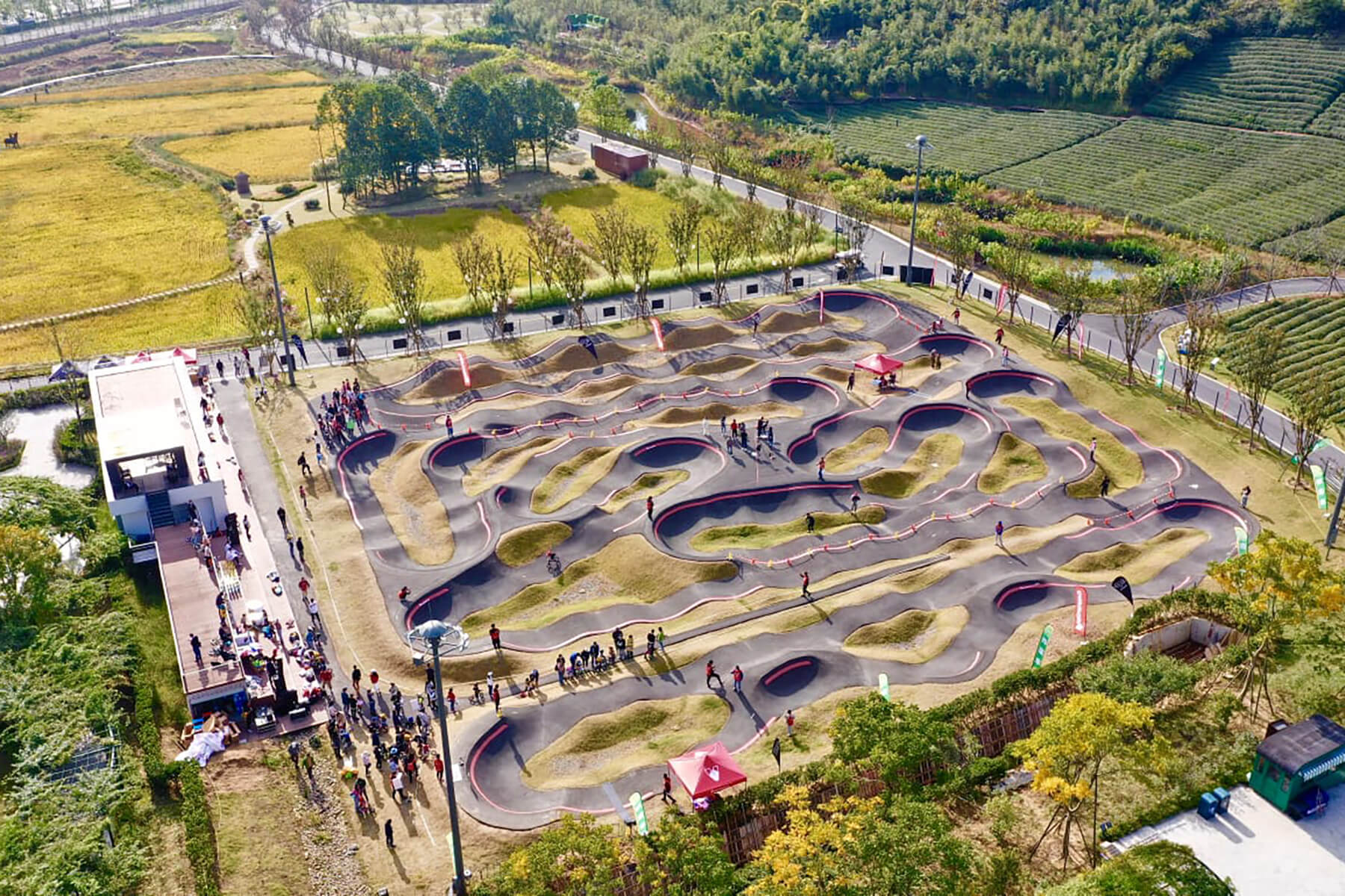 Red Bull Pump Track Deqing, China - Velosolutions