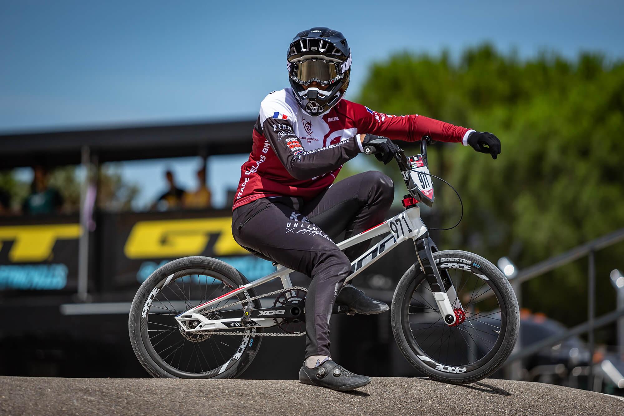 Manon Valentino Tokyo 2020 Olympic Bike - Nico van Dartel