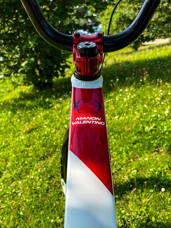 Manon Valentino Tokyo 2020 Olympic Bike toptube- Manon Valentino